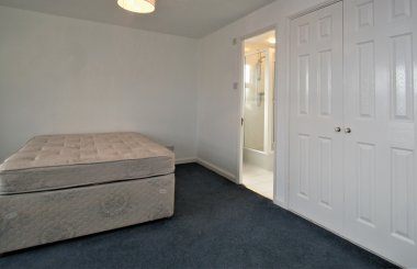 Queen Margaret Close - Bedroom 3