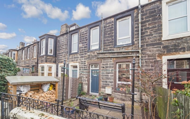 26 Summerfield Place, Edinburgh, EH6 8AZ