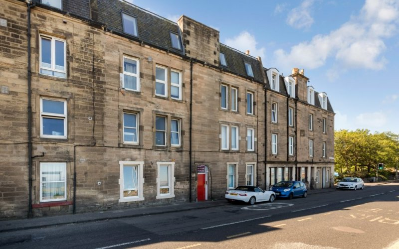 13/3 Lower Granton Road, Edinburgh, EH5 3RU