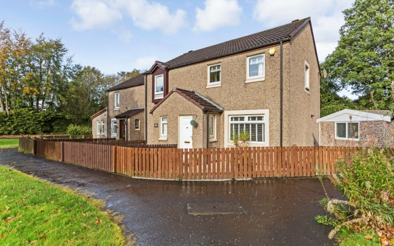145 Maryfield Park, Livingston, EH53 0SD