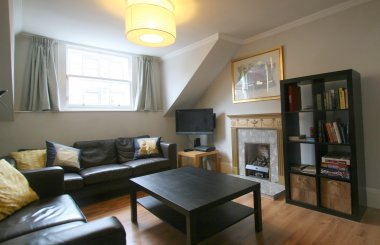Queensferry St - Living room