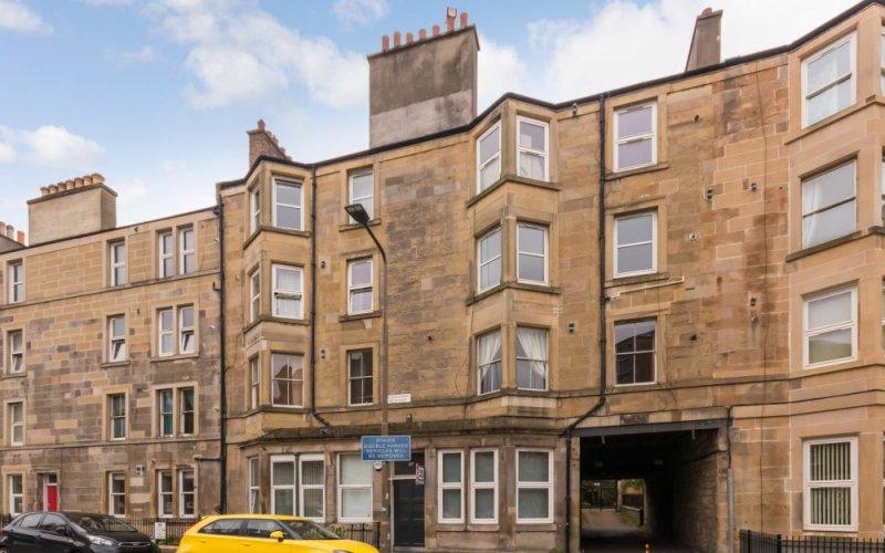 37/9 Caledonian Crescent, Edinburgh, EH112AH