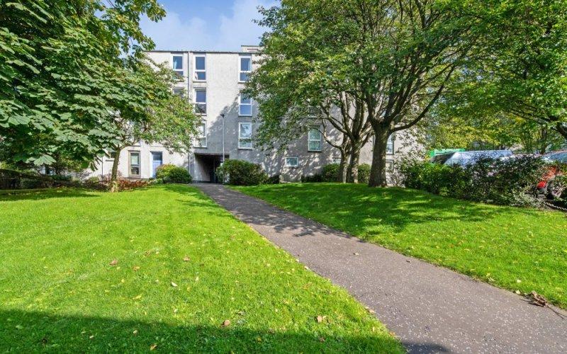 86c, Barntongate Drive, Edinburgh, EH4 8BY