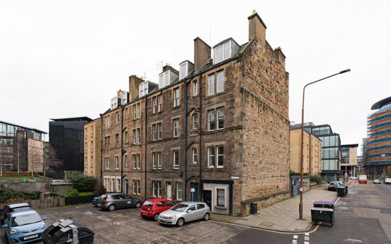 31 (2F2) Gardner's Crescent, Edinburgh, EH3 8DF