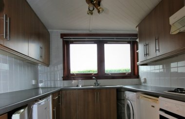 Forker Ave - Kitchen