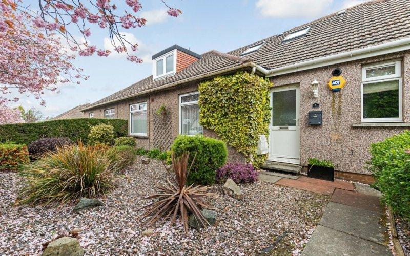 2 Campbell Park Drive, Colinton Village, Edinburgh, EH13 0HS