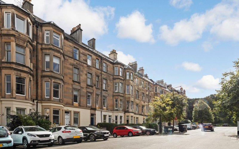 17/6 Hillside Street, Edinburgh, EH7 5HD